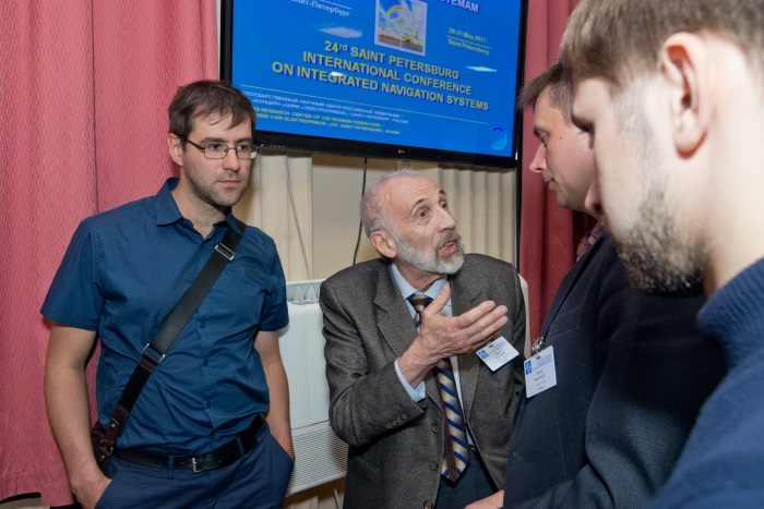 Discussions at the posters of poster papers